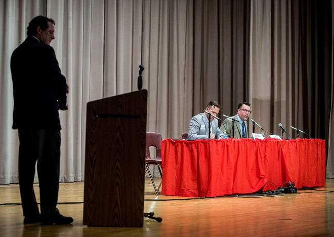 County commissioner candidates Jason Donati and Dave Ring participate in a forum hosted by the League of Women Voters at Northside Middle School Wednesday evening.