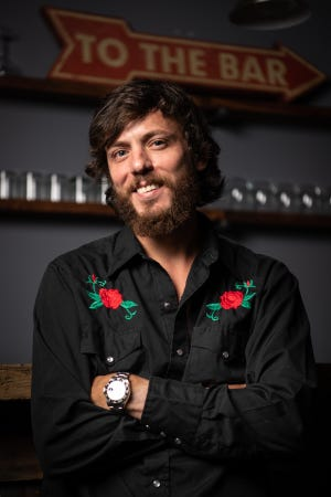 Chris Janson is nominated for the 2018 CMA New Artist of the Year award.
