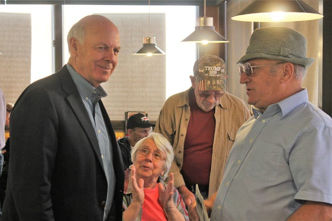 US Congressman and New Mexico gubernatorial candidate Steve Pearce stopped in Alamogordo on Thursday morning and spoke with residents, such as Annette Price, Joe Price, and Louis Theriot, about their concerns.