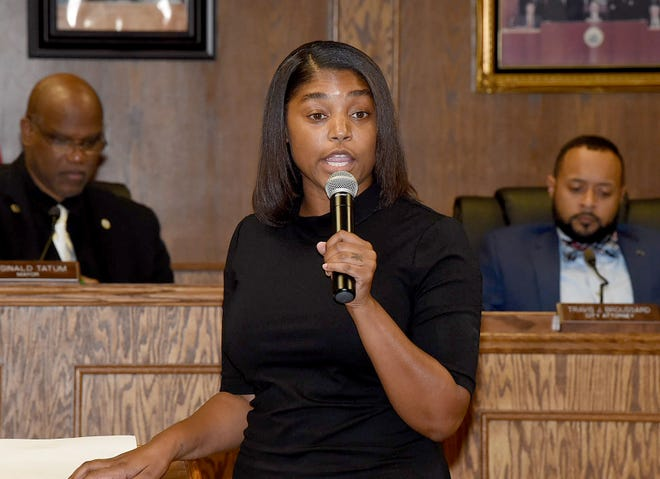Dr. Rashonda Dean addresses the Opelousas Board of Aldermen at Tuesday's City Council monthly meeting.