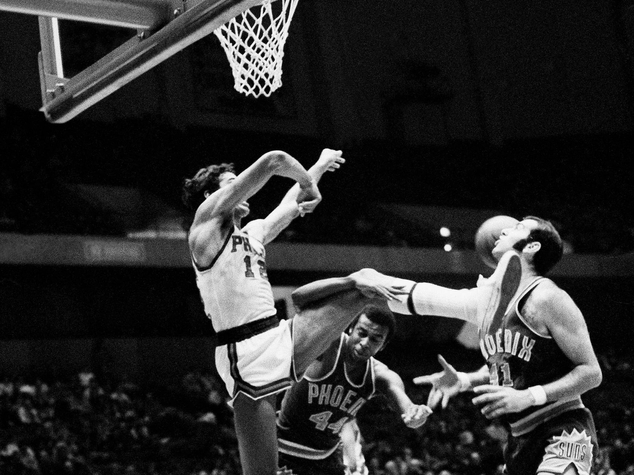 1973-74 | Suns MVP: Neal Walk (41, seen in 1970). Scott continued to light it up, but Walk gets the nod in his final season in the desert. Walk averaged a double-double for his second consecutive season. Not bad for a guy who had to play his career in the shadow of Kareem Abdul-Jabbar.