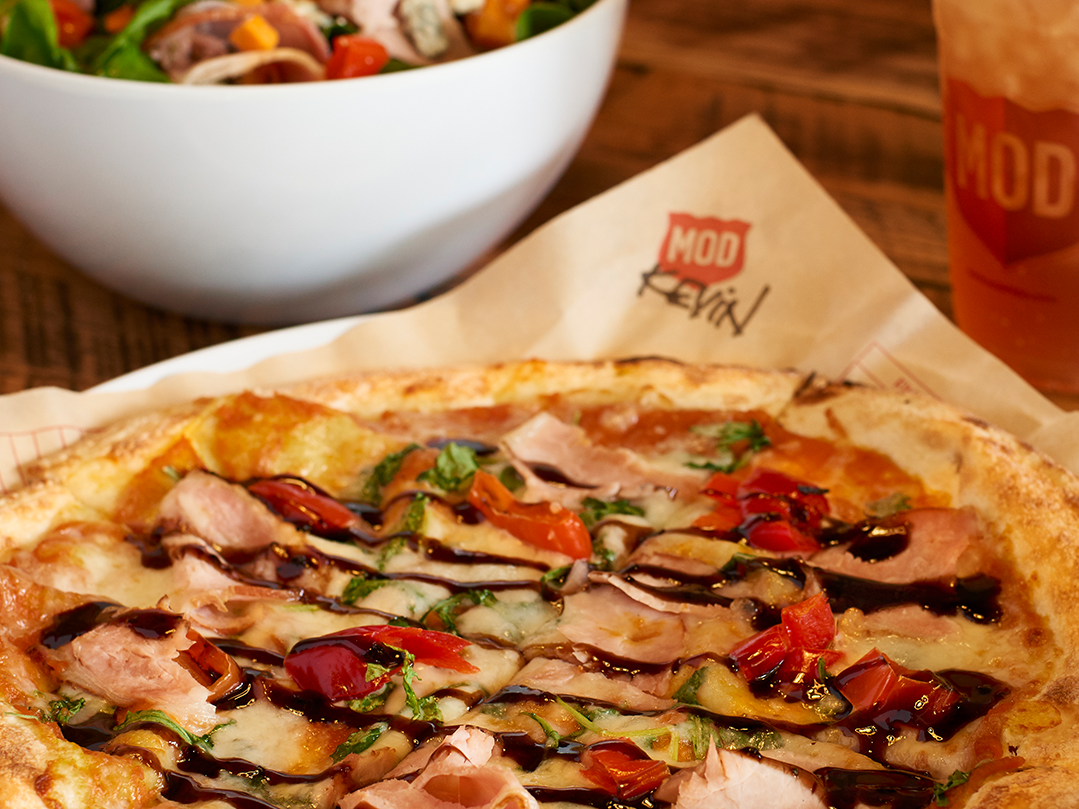 Tempe Marketplace | Several merchants will be offering pumpkin dishes and beverages. Among them are MOD Pizza (the Kevin pizza with pumpkin base, arugula, mozzarella, Canadian bacon, sweet hot peppers and balsamic fig glaze, $5.67-$9.67), Nekter Juice Bar (pumpkin almond bowl with pumpkin and almond butter and pumpkin granola, $8.35) and Mojo Yogurt (low-fat pumpkin yogurt made with real pumpkin puree, 59 cents per ounce).  Details:  tempemarketplace.com.