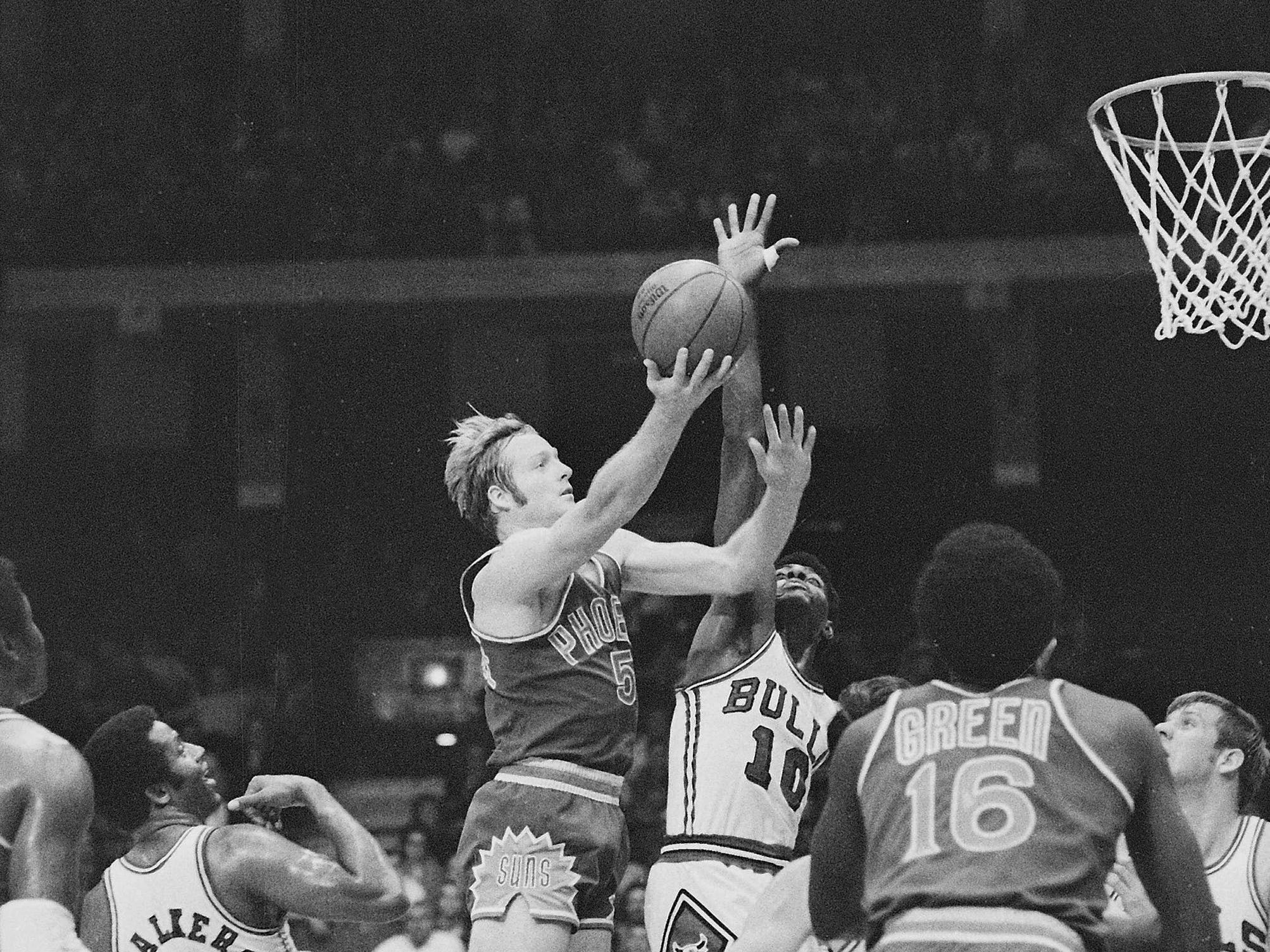1970-71 | Suns MVP: Dick Van Arsdale. Van Arsdale turns in the last of three straight years in which he averaged more than 20 points per game and was selected as an All Star. The Original Sun gets the nod over Paul Silas, a superb rebounder who was second team All Defense.