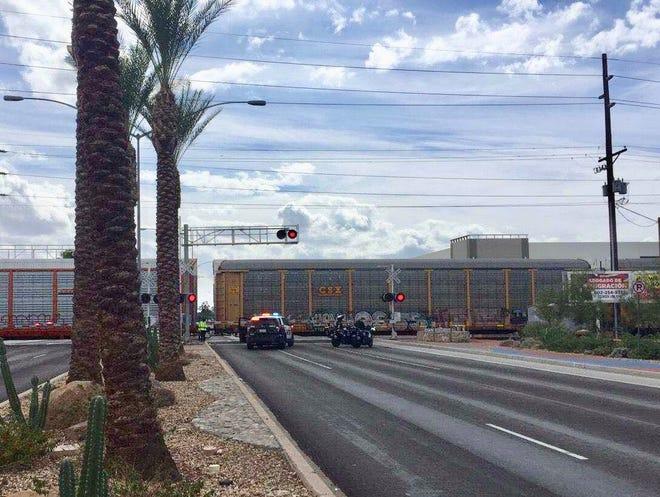Train accident closes Mesa road
