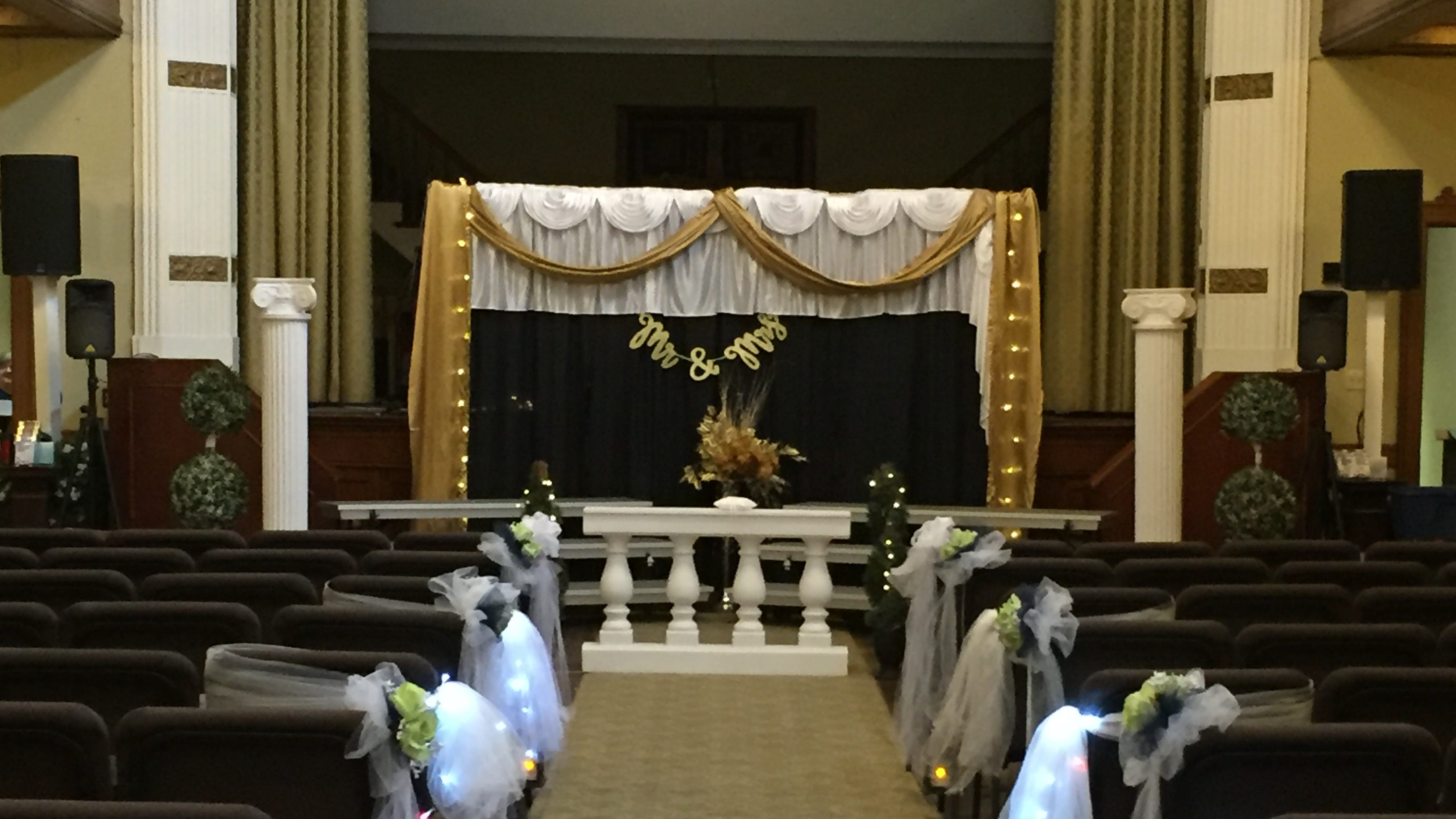 Lebanon church to marry 16 couples at once