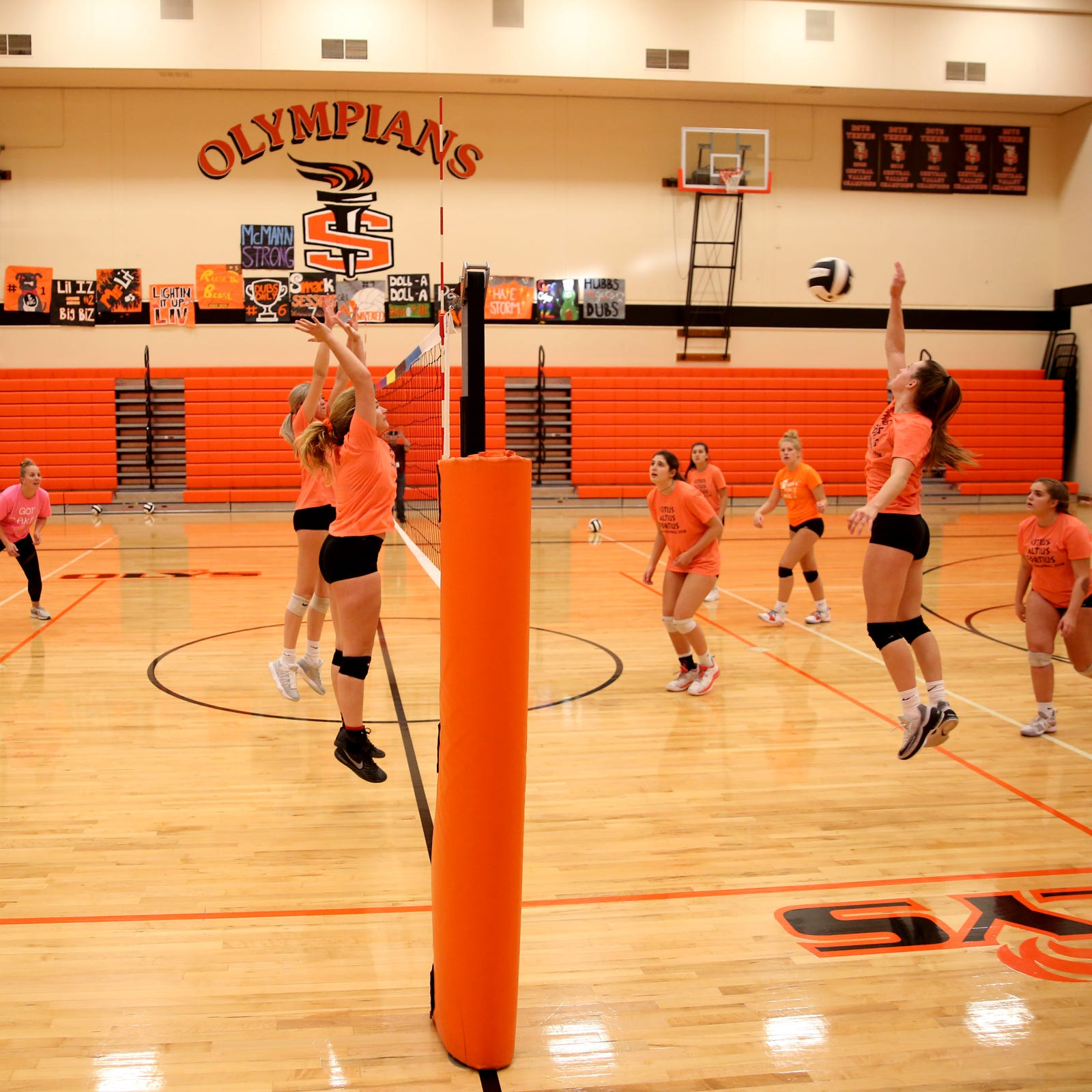 Undersized Sprague volleyball team excels with scrappiness and defense