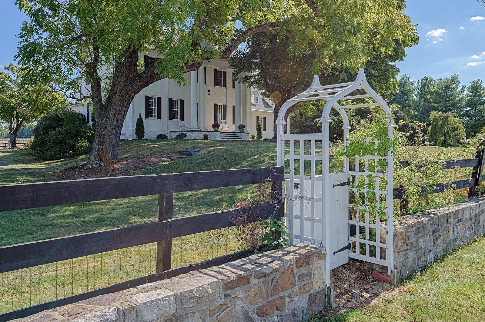 18th century Waynesboro farm up for sale — On the market
