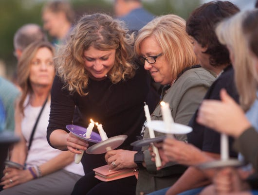 Stg 1011 Domestic Violence Candlelight 100