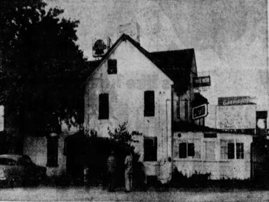 The original Jackson Inn in 1958 before it was razed due to the widening of Lancaster Pike. The landmark bar hosted President Andrew Jackson during his pre-election campaign in 1828 when it was known as the Conestoga Inn. It was later re-named in honor of Jackson's visit.