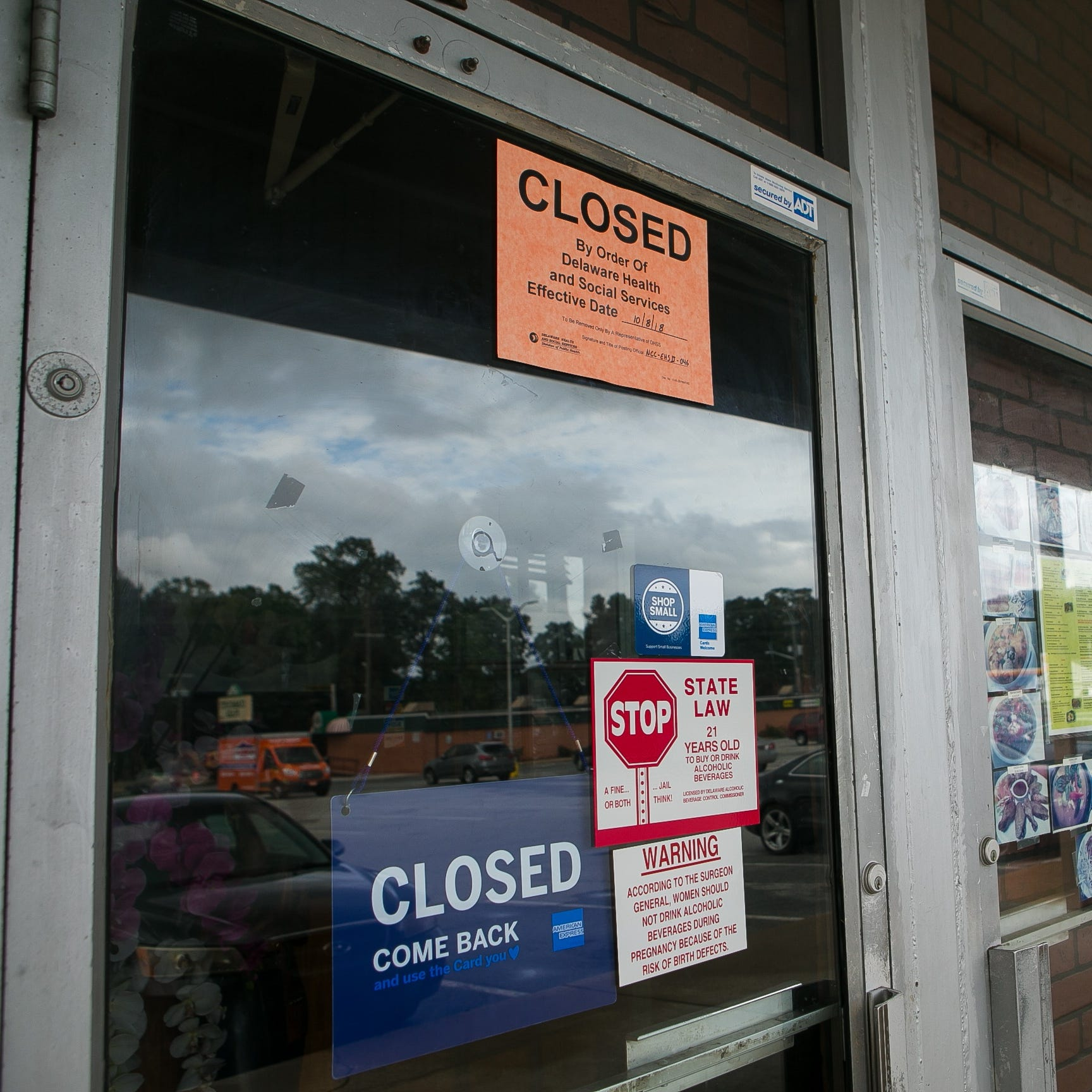 State closes New Castle Thai restaurant after finding cockroaches throughout eatery