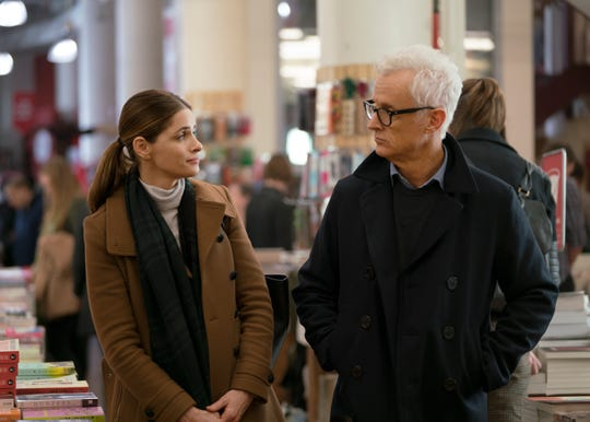 Amanda Peet, left, and John Slattery, one of a number of 'Mad Men' alumni appearing in Matthew Weiner's 'The Romanoffs,' are featured in the Oct. 26 episode, 'Expectation.'