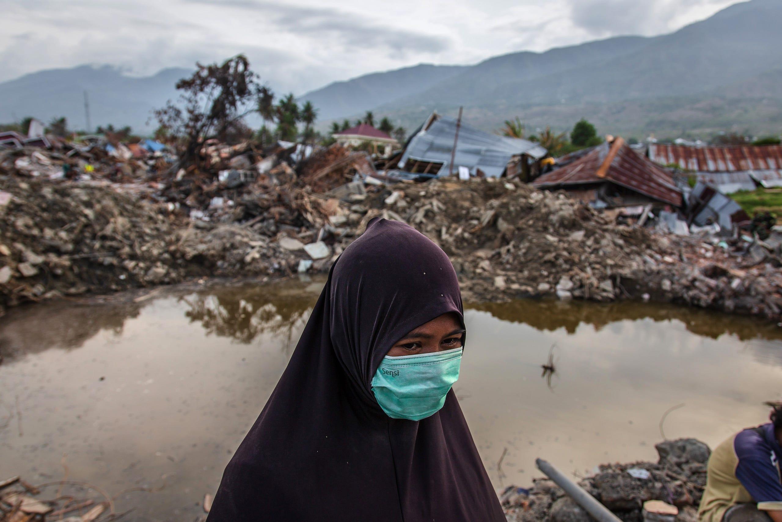 Indonesia earthquake, tsunami causes massive damage and death