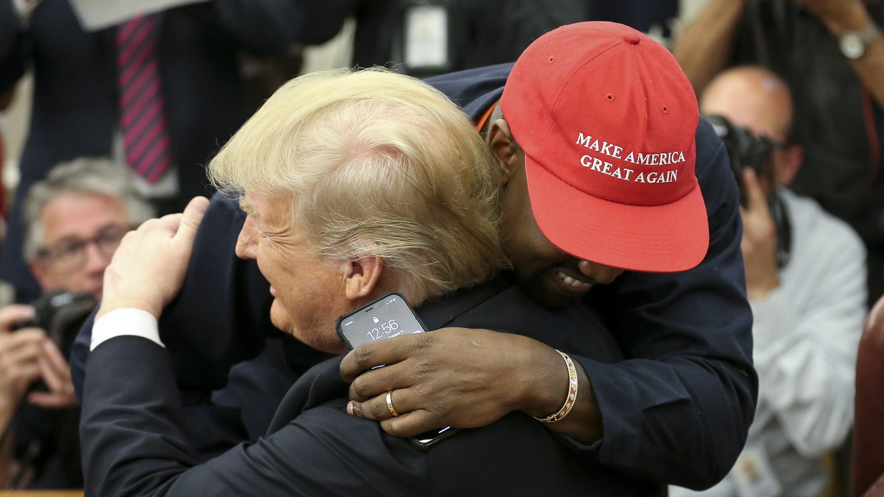 Kanye West delivers 10-minute soliloquy in the Oval Office 5471327c465c