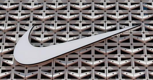 Ap Walmart Jet Nike F File A Usa Fl