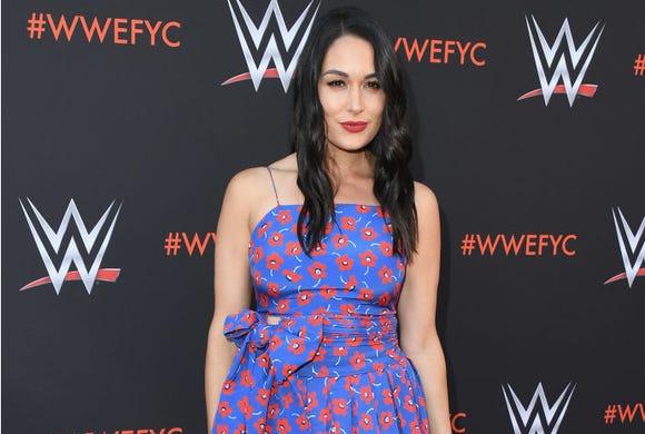 """Brie Bella said her breastfeeding struggles gave her major mom guilt on an episode of """"Total Divas."""""""