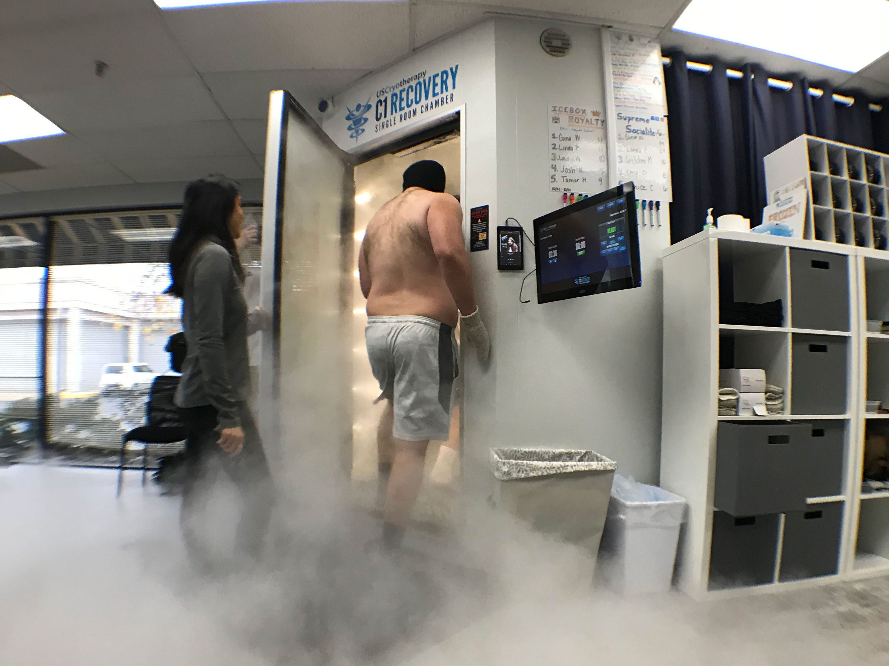 Ice in their veins: Western Michigan football players go sub-zero with cryotherapy