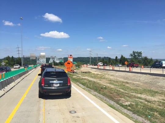 Construction zone on Interstate-275 over the Combs-Hehl Bridge