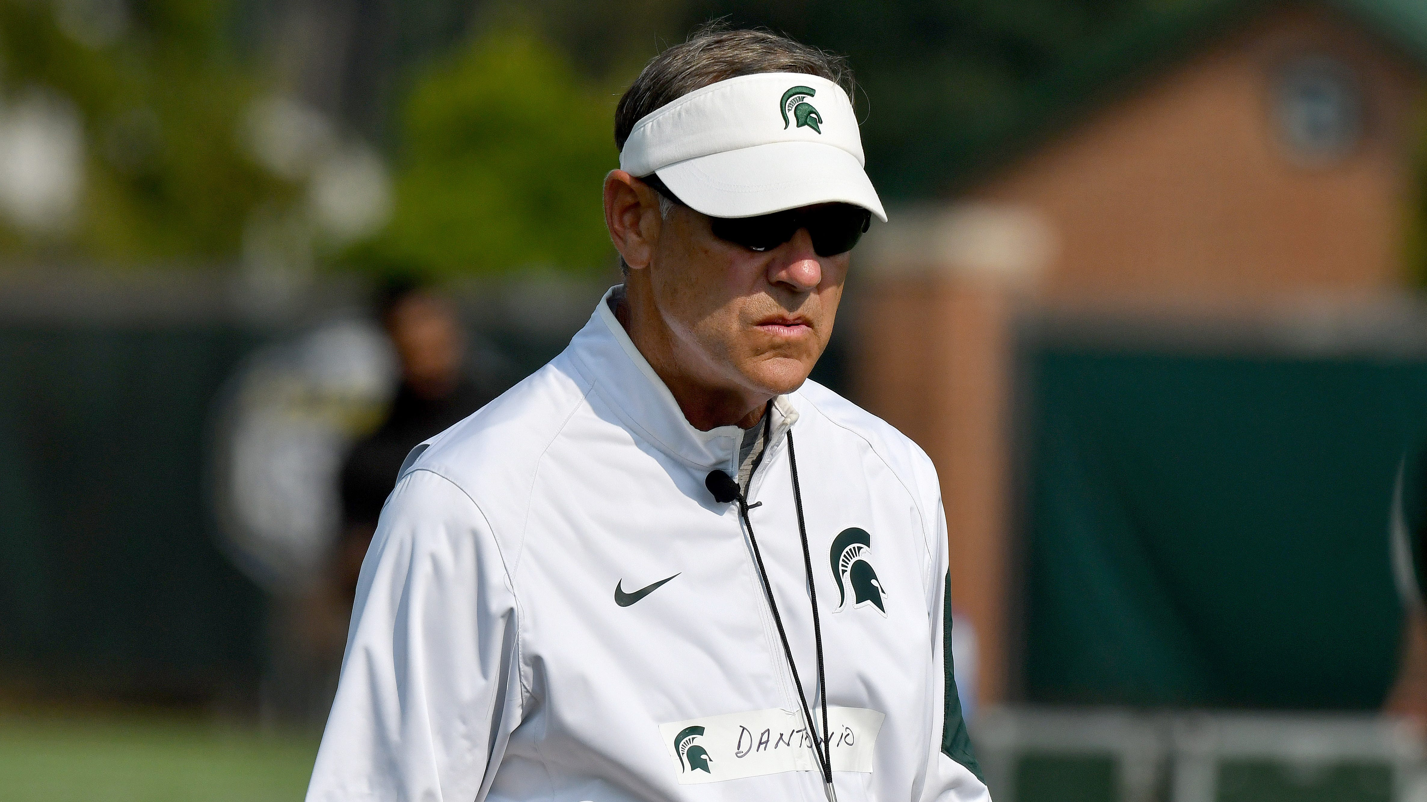 Henning: Spartans should worry about bowl game, not coaching