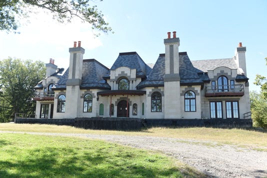 Grosse Ile Mansion 01