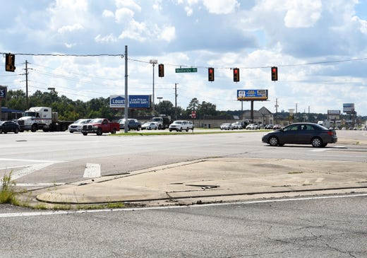 Two dangerous Sumrall intersections to be upgraded