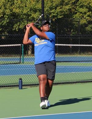 Rik Bag, a Carmel tennis player, has Crohn's disease.