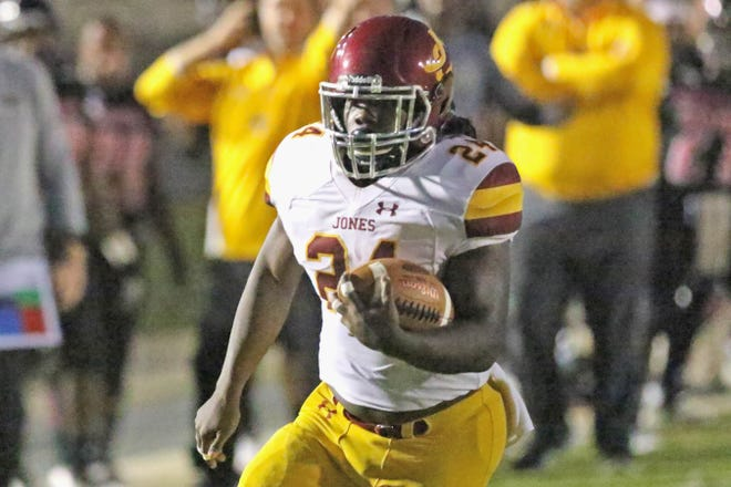 Jones College's Donte Edwards ran for 2-yard touchdown in the No. 7 ranked Bobcats 40-27 win at Northeast Mississippi Thursday night.