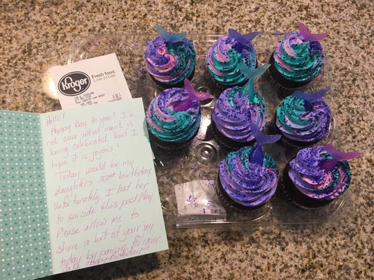 In a random act of kindness, a stranger paid for Jennifer Golsch's cupcakes and wrote this message to her.