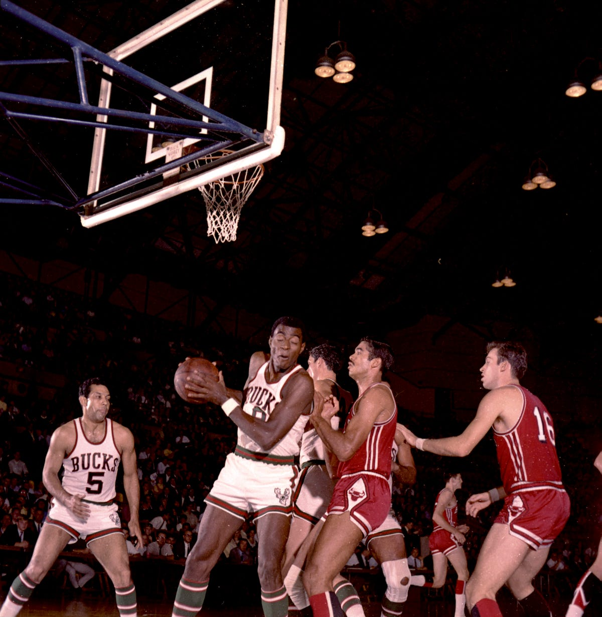 de7be1af When the Bucks took the court for their first game, captured in color