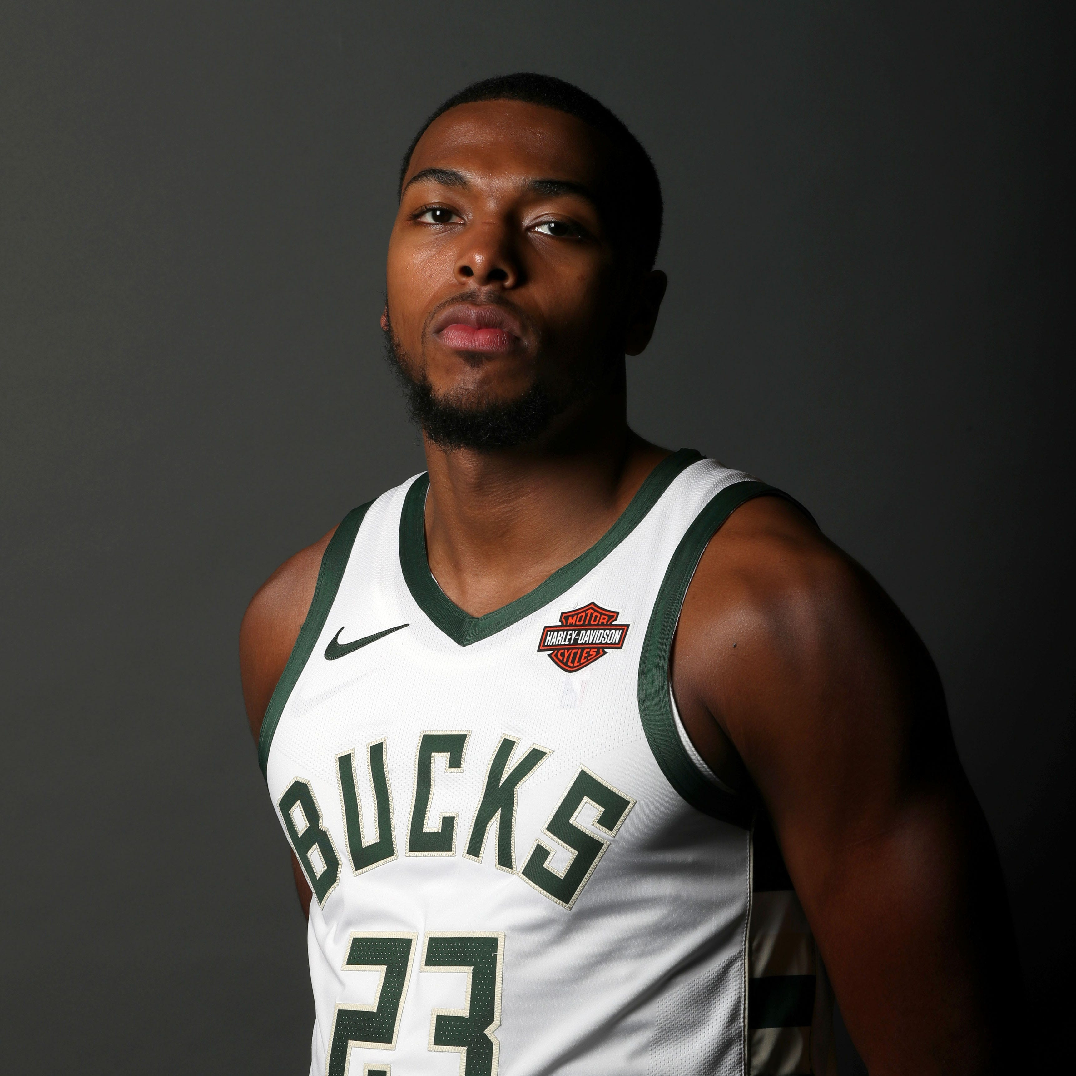 Milwaukee officer was 'already on edge' when he approached Bucks' Sterling Brown, woman says