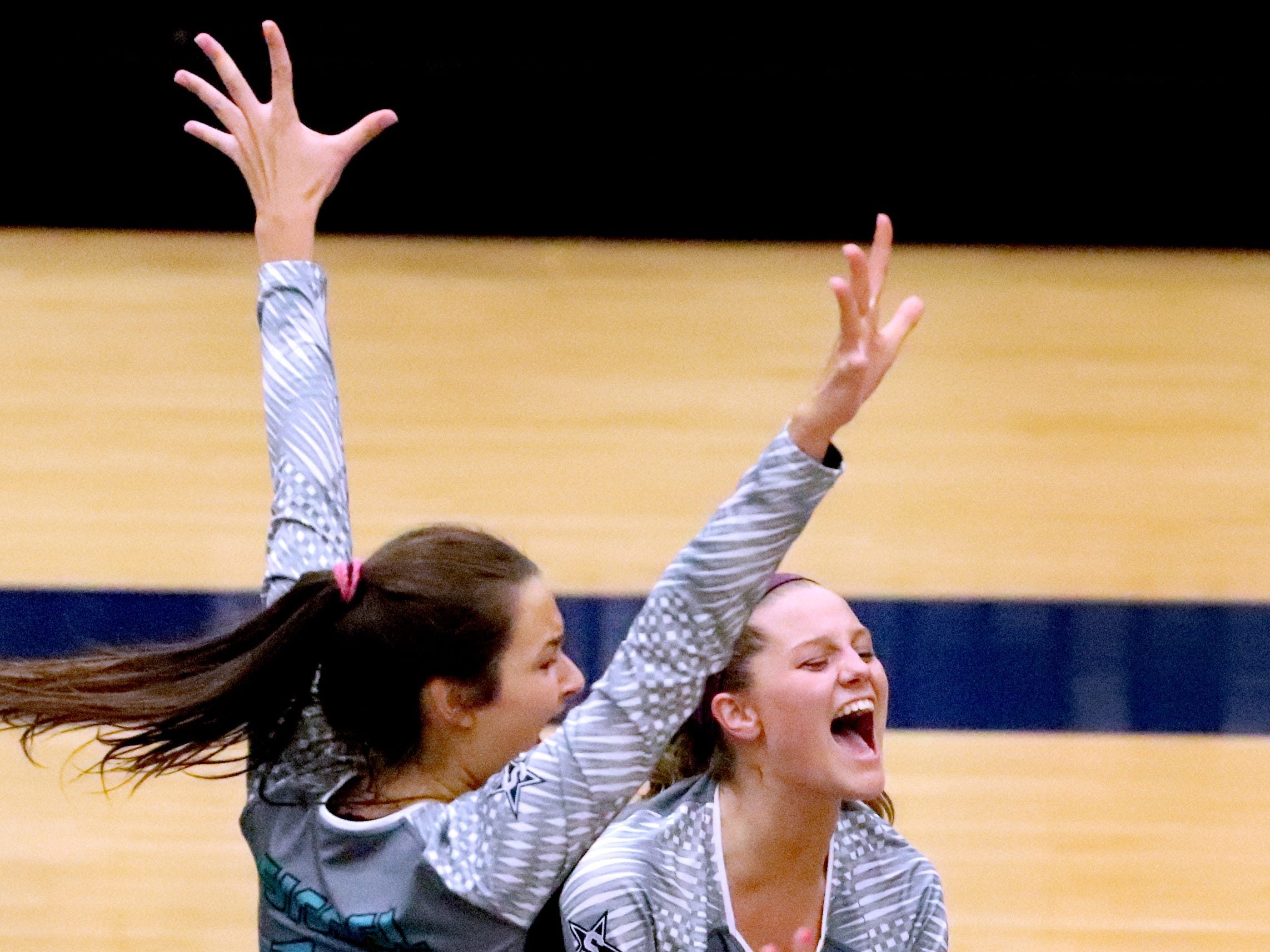 Siegel's volleyball team beats Cleveland in the Class AAA sectional Thursday, Oct. 11, 2018, to advance Siegel to the State Championship tournament.