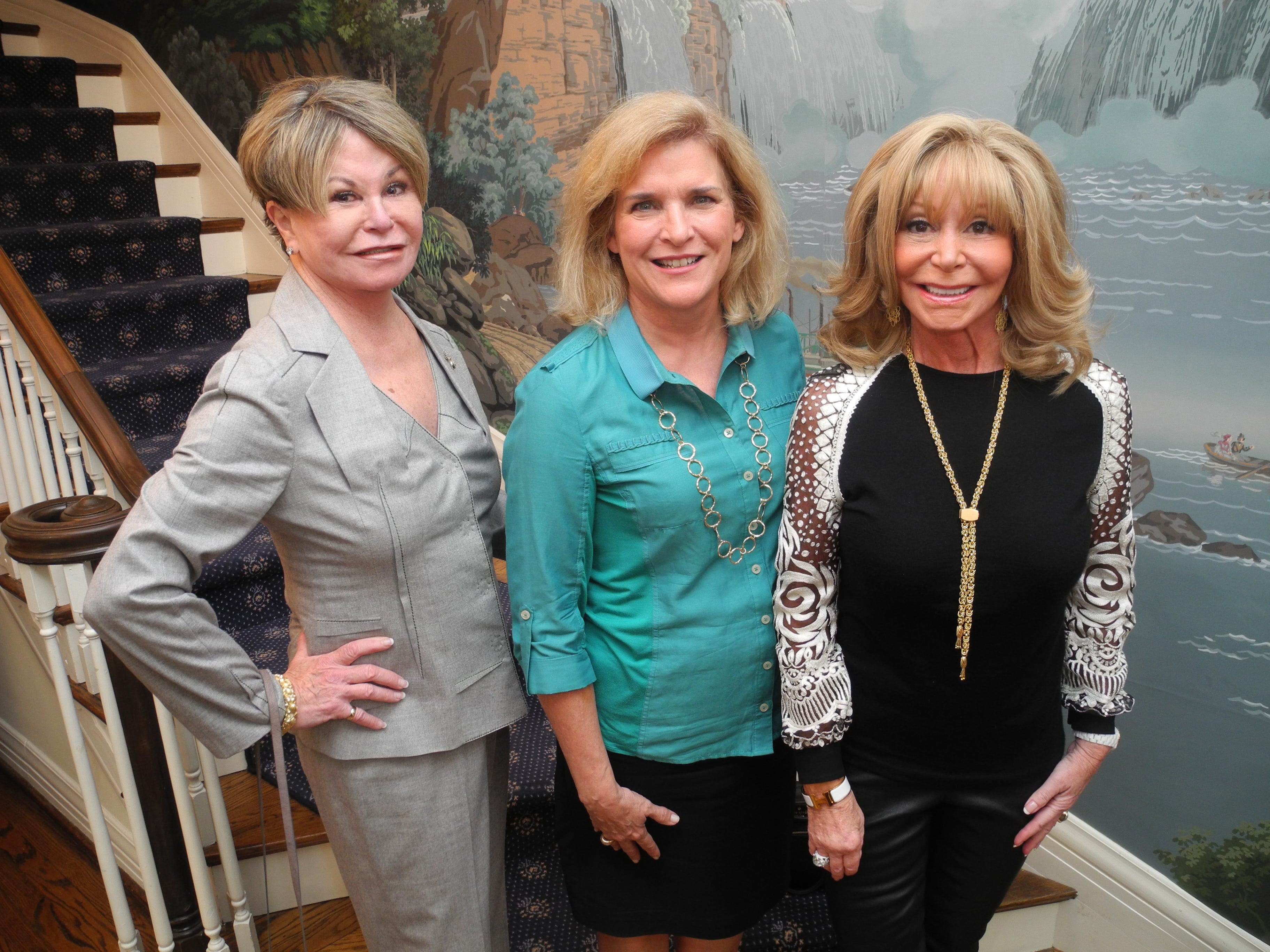Colleen Conway Welch, left, Julie Walker and Joyce Vise at the 2014 Symphony Ball Prelude, held at the home of Mary and Tom Gambill.