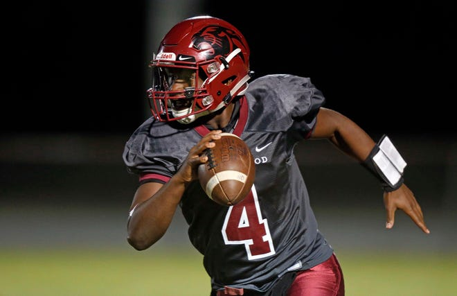 Maplewood's Bobo Hodges runs for yardage during their game against Nolensville Thursday, Oct. 11, 2018, in Nashville, Tenn.