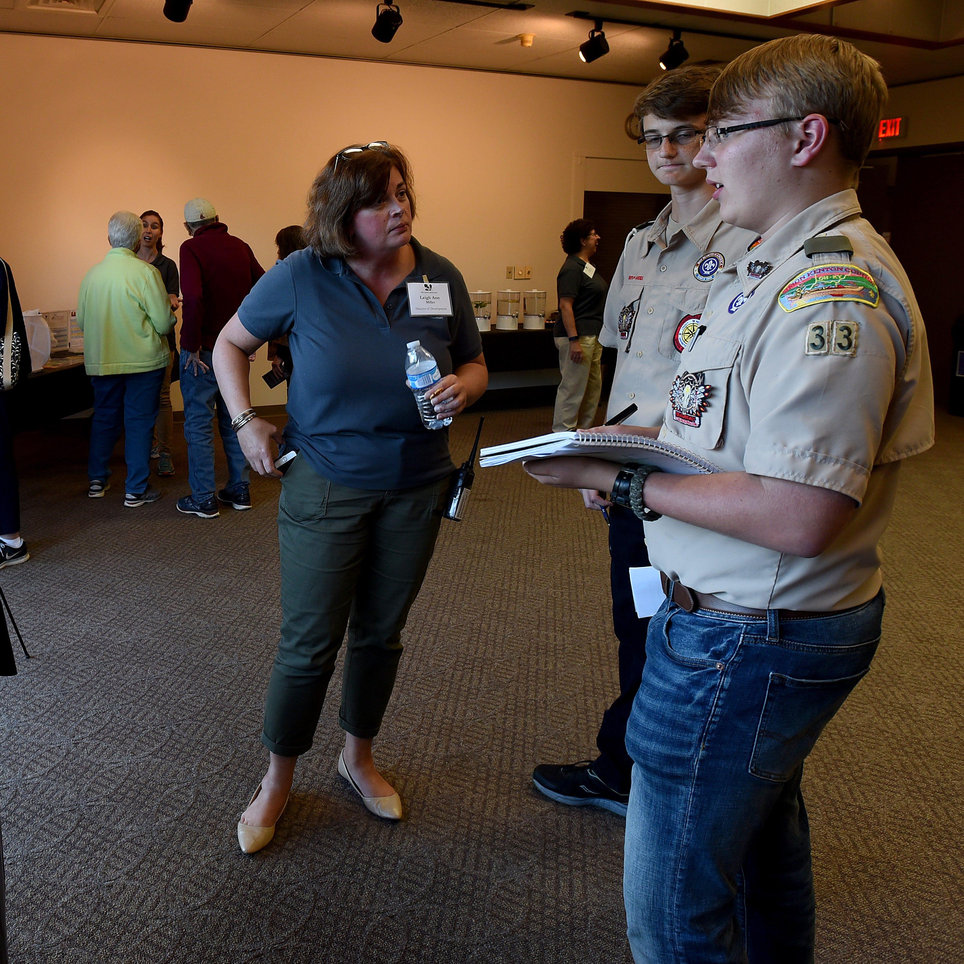 Few critics attend Dawes Arboretum open house on entry fees