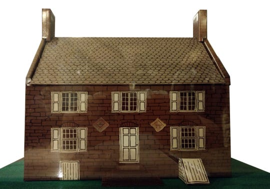 A model of what the Hermitage Museum in Ho-Ho-Kus probably looked like in the early 1800s.