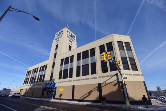 20026860A.2.10.2017.Hackensack.Sears Store:Sears store in HackensackViorel Florescu/NorthJersey.com