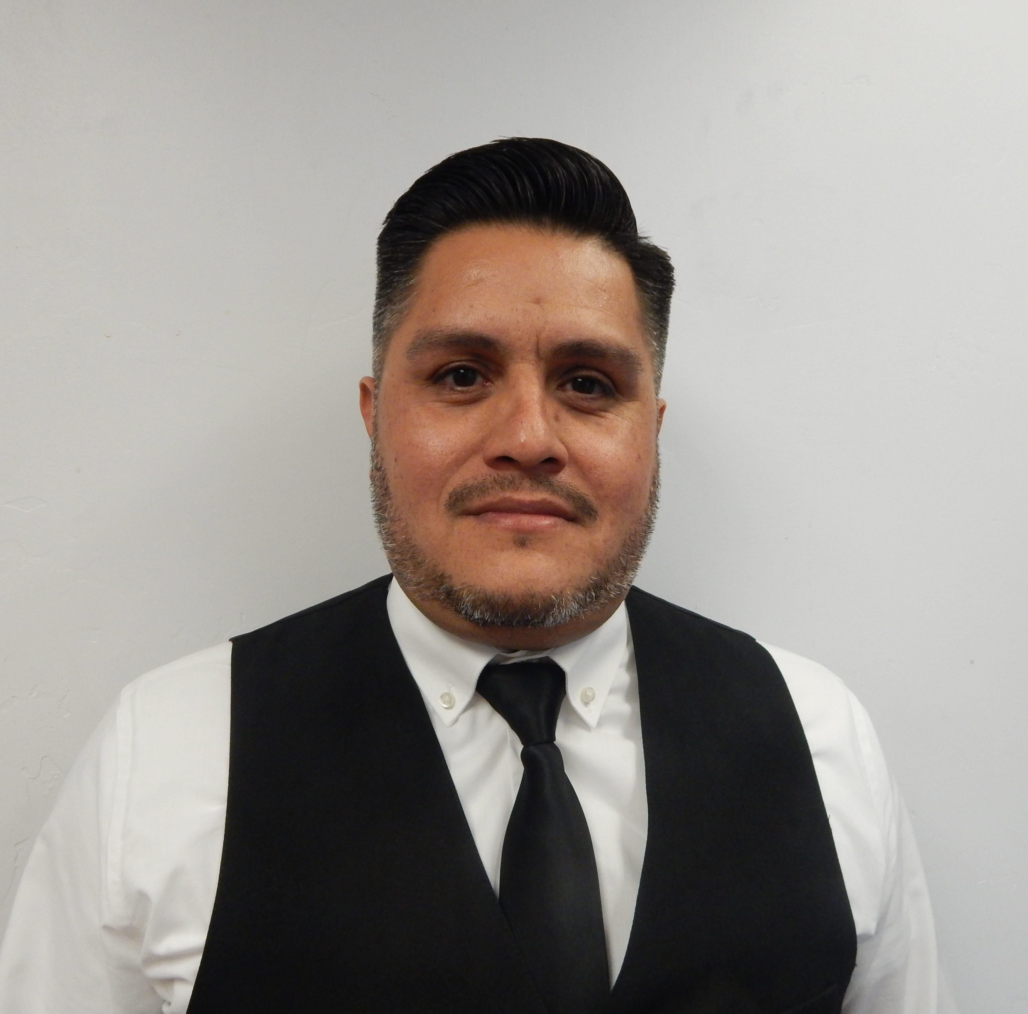 Michael Padilla named star employee by Double Eagle Restaurant