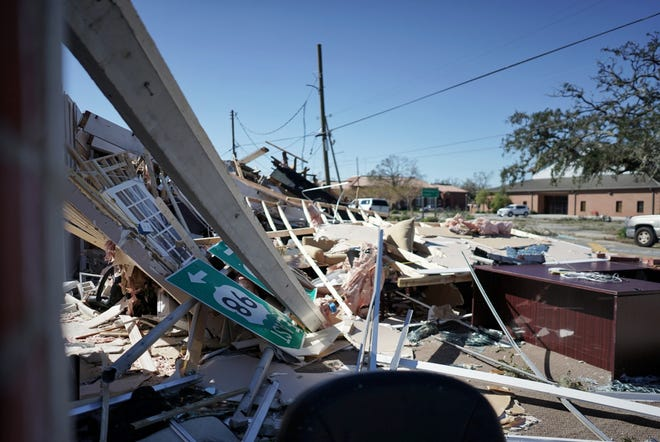 A string of businesses received heavy structural and roof damage at 2900 block of U.S. 98 in Panama City.