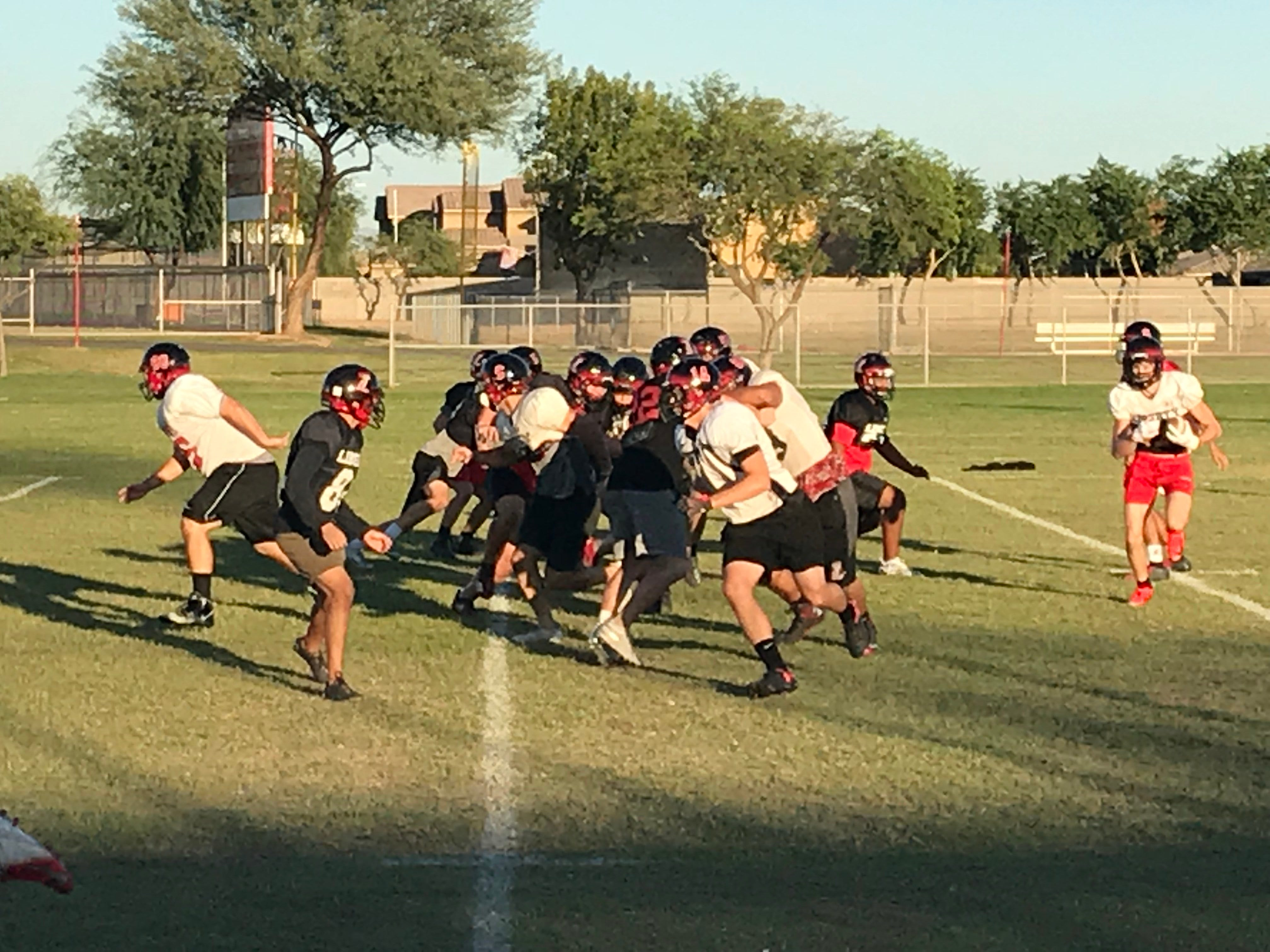 Oct 11, 2018: Peoria Liberty football teams practices to prepare for Phoenix Pinnacle