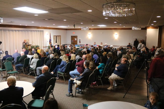 It was a packed house Thursday at the annual Candidates' and Issues Night, organized and sponsored by the Port Clinton chapter of Business and Professional Women and the Port Clinton Area Chamber of Commerce.