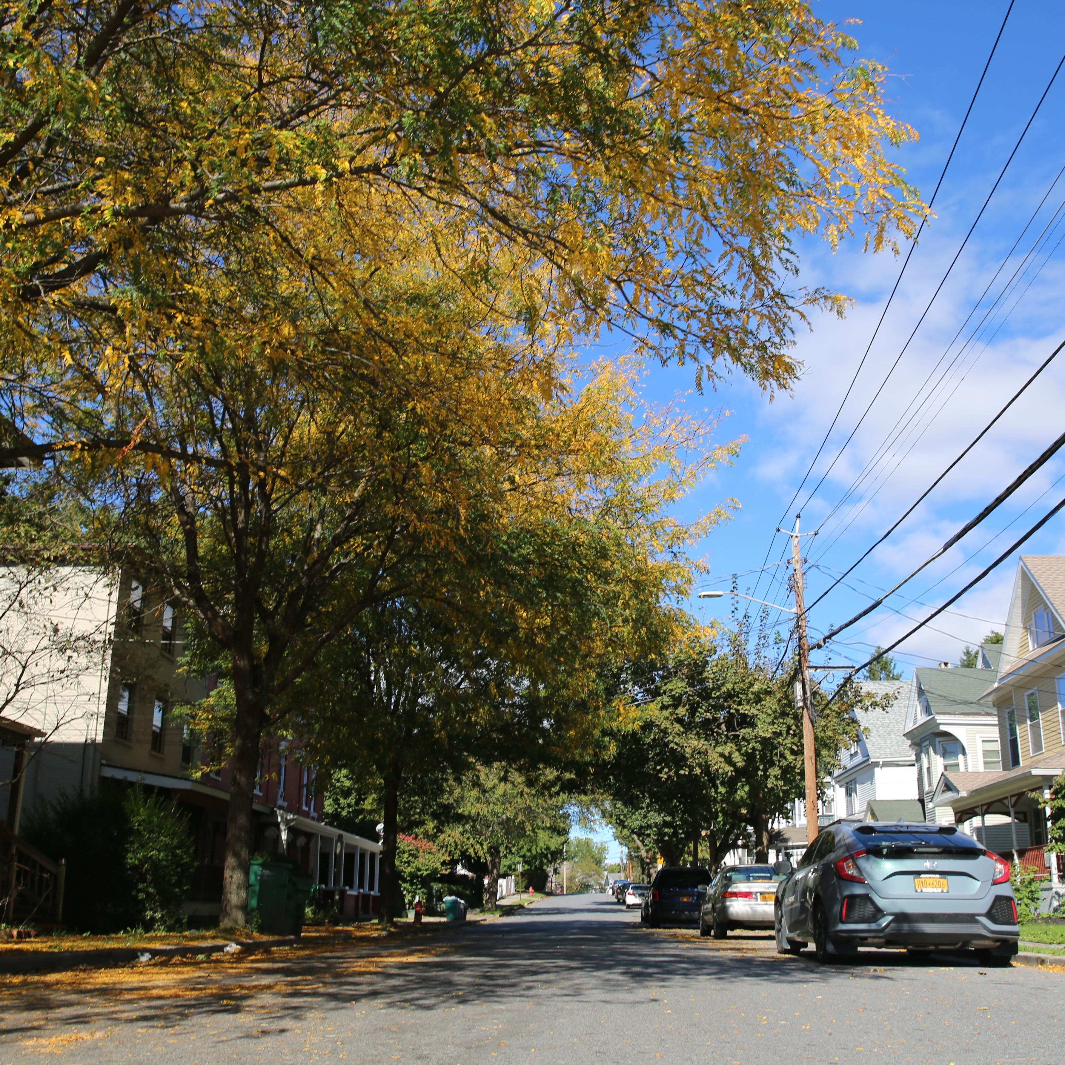 Fall weather reaches mid-Hudson Valley, first frost expected