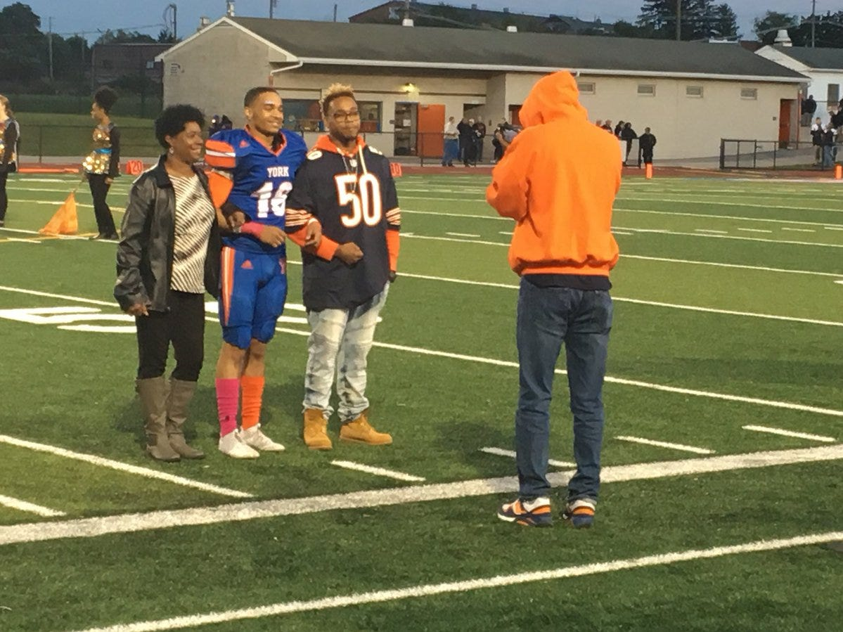 The Chicago Bears are getting a little love during homecoming festivities before York High's game.