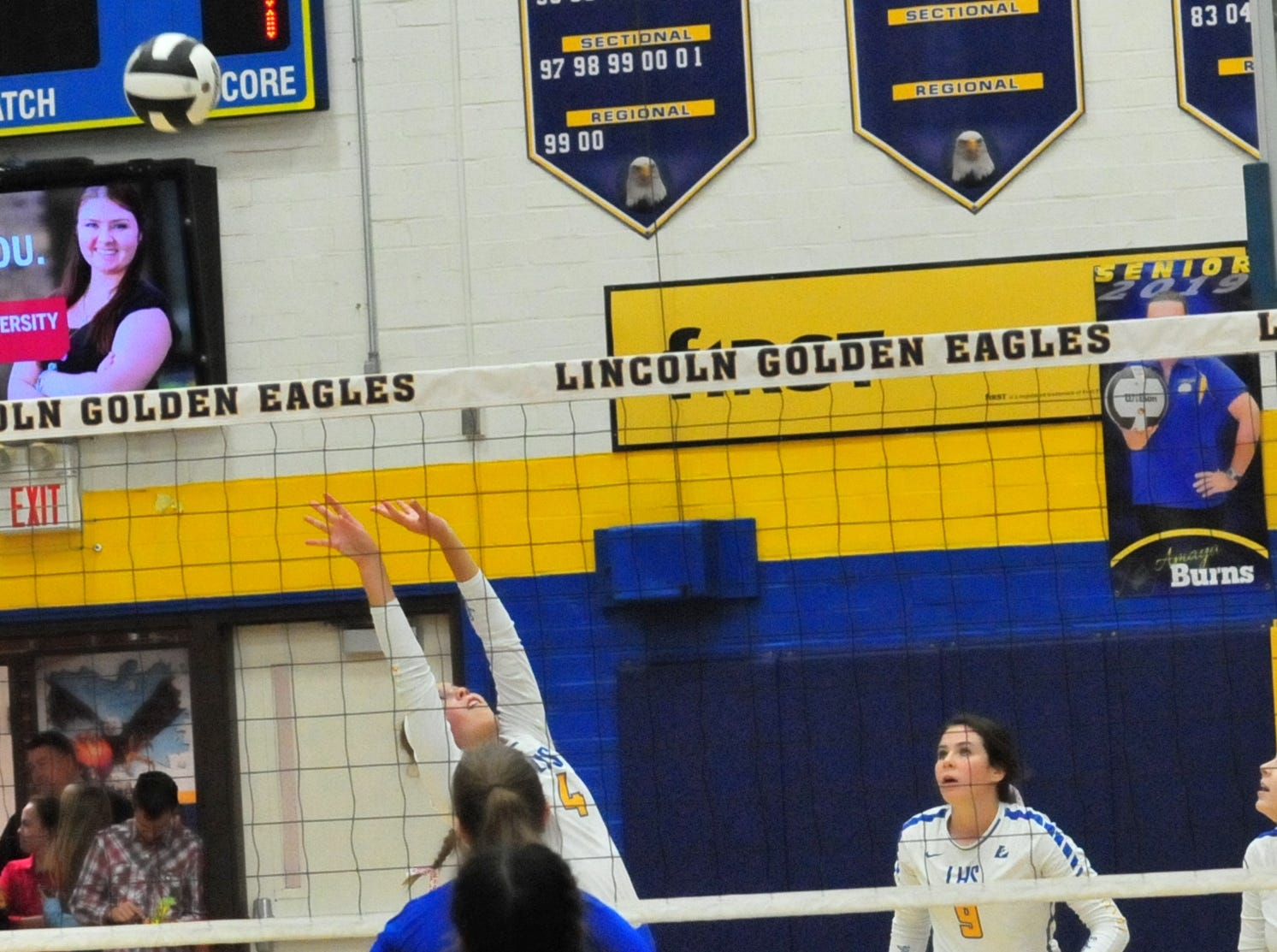 Lincoln's Rachel Merida (4) sets the ball during a 3-1 win over Union County Thursday Oct. 11, 2018.