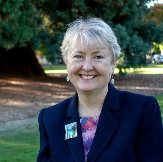 Deb Patterson Headshot