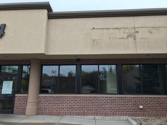 The exterior of the former Papa Murphy's Take 'N' Bake Pizza at 608 S. Minnesota Ave. near downtown Sioux Falls.