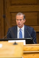 U.S. Sen. John Thune, chairman of the Committee on Commerce, Science, and Transportation speaks at a hearing at Carnegie Town Hall Friday, Oct. 12, 2018 in Sioux Falls, S.D.