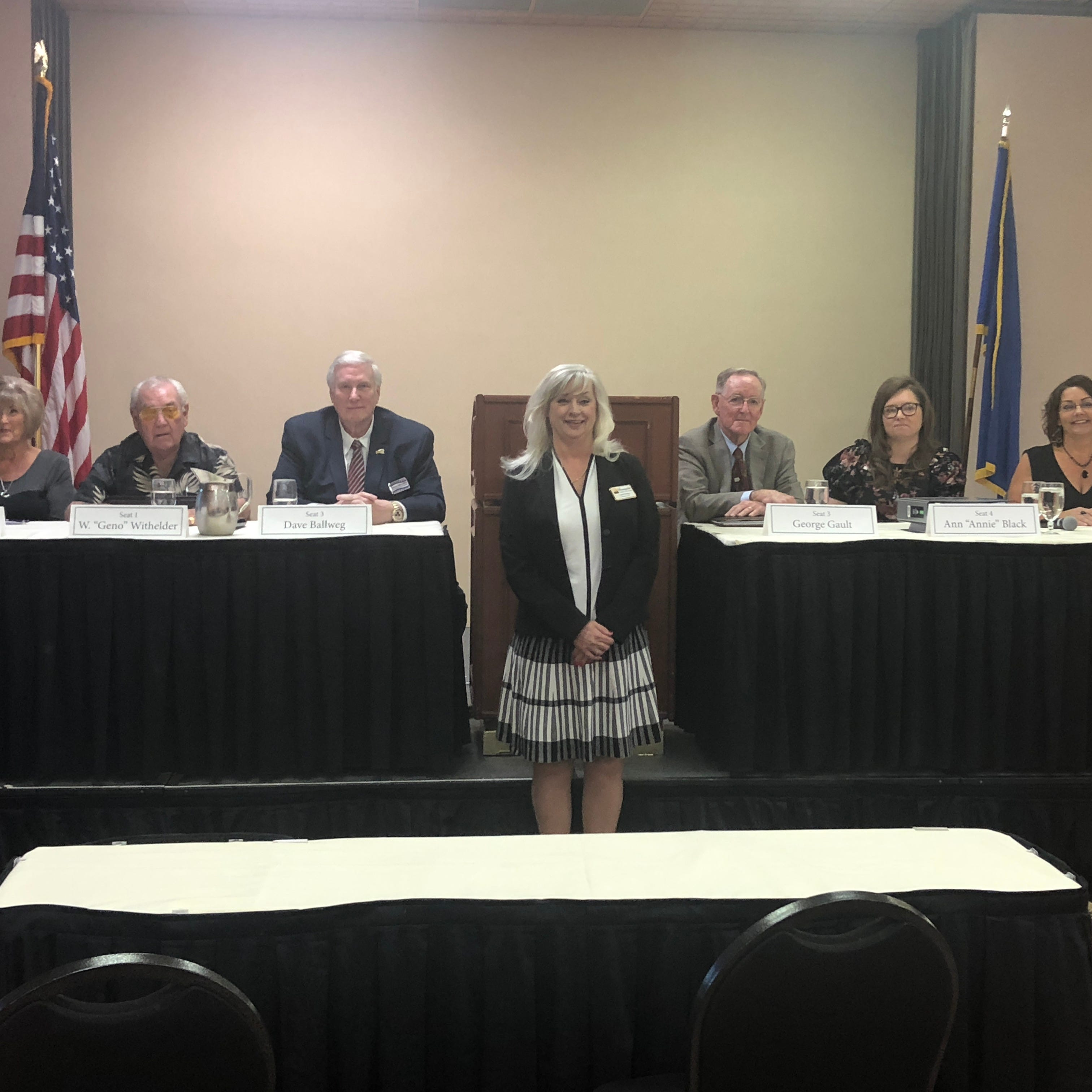 On Oct. 10, 2018, the Mesquite Chamber of Commerce, led by CEO Carol Kolson (center), hosted a forum for the six city council candidates (from left to right): Sandra Ramaker, Geno Withelder, David Ballweg, George Gault, Annie Black and Karen Fielding.