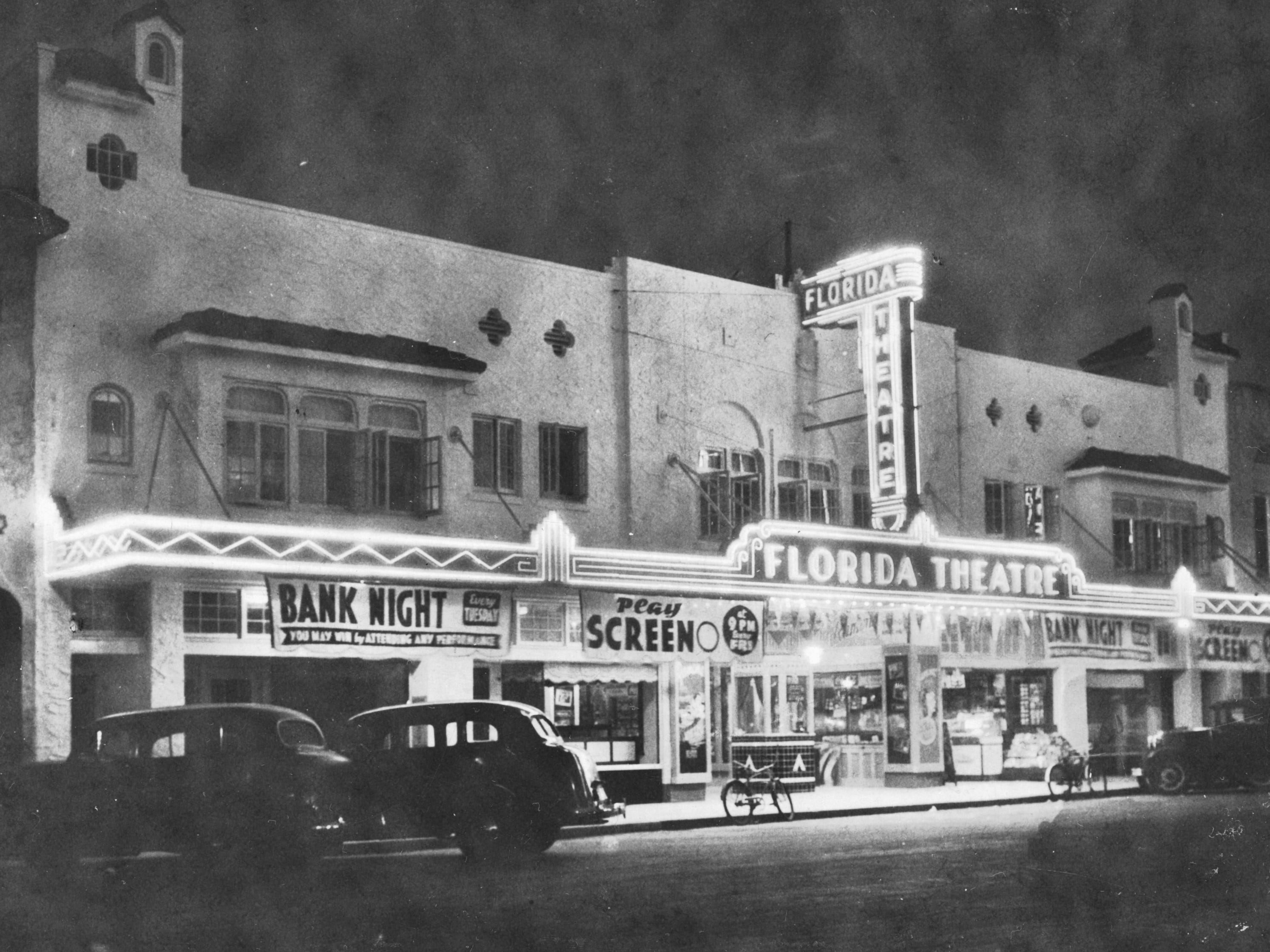 Florida Theatre at night, 1940s