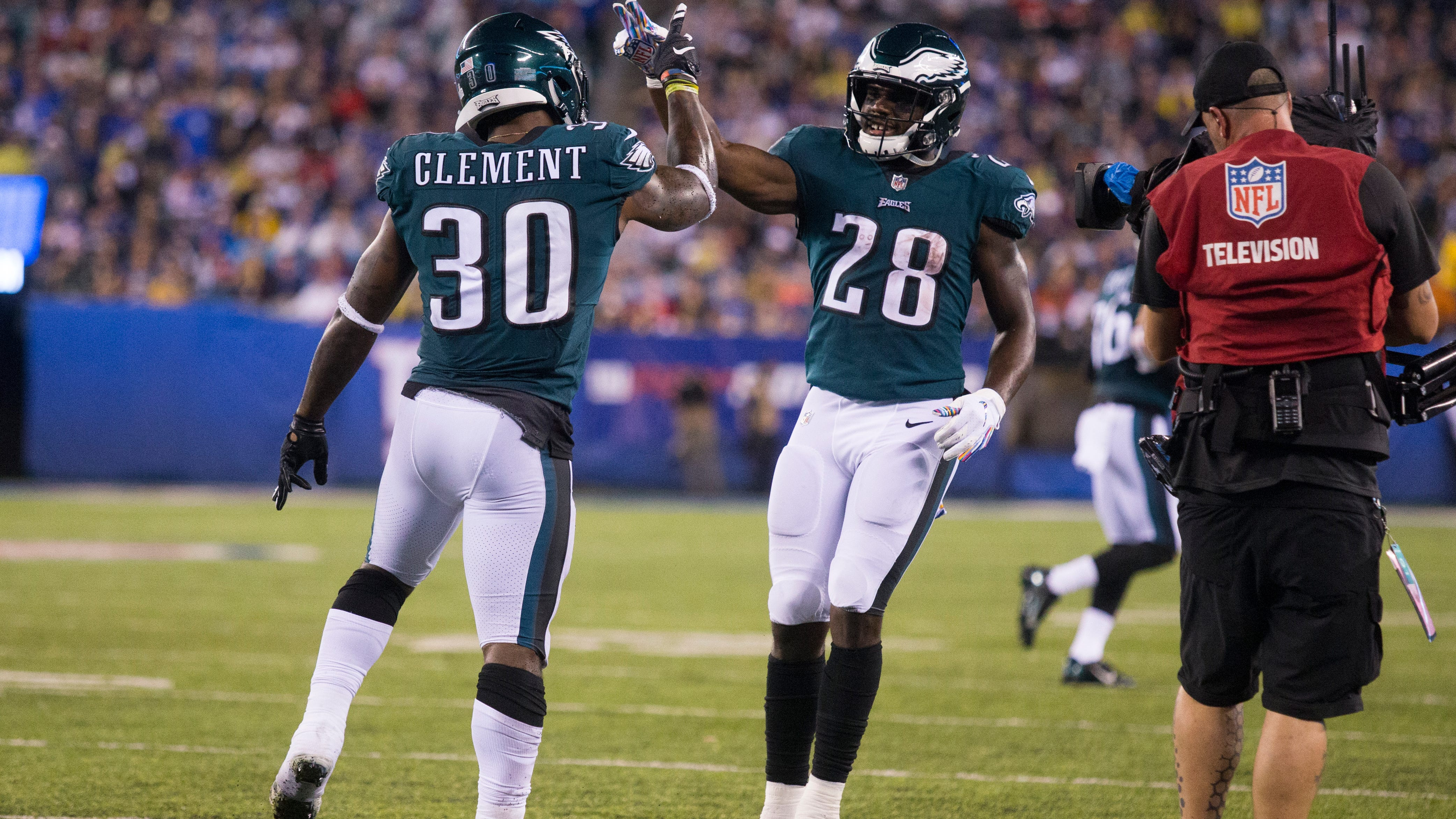 Smallwood, Clement accept Eagles' GM challenge: Prove we don't need a running back