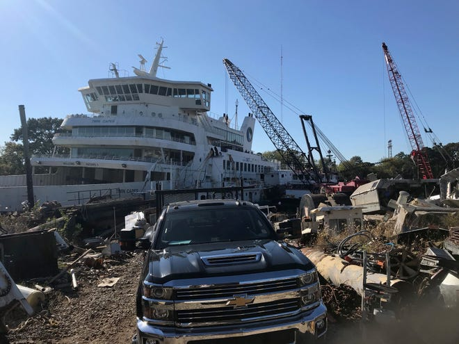 A Virginia-based crew had a chance to salvage valuable items from the Twin Capes before it was sunk as part of an artificial reef program.