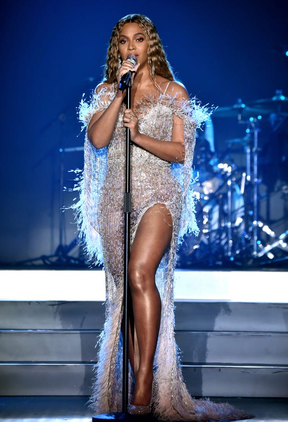 Beyonce performs onstage during the City of Hope Spirit of Life Gala 2018 at Barker Hangar on Oct. 11, 2018 in Santa Monica, Calif.